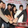 Jeetendra : Sushant Singh Rajput, Ankita Lokhande, Jeetendra Kapoor, Tushar Kapoor At 500 Episode Bash Of Pavitra Rishta