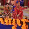 Dilip Joshi : Dilip Joshi, Disha Wakani celebrating Janamastmi in Taarak Mehta Ka Ooltah Chashmah