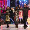 Drashti, Manish, Salman dancing with Anil Kapoor in jhalak