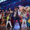 Grand premiere of Boogie Woogie with Shahid and Prabhudeva