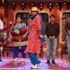 Gutthi shakes a leg with the cast of Entertainment on Comedy Nights with Kapil