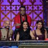 Priyanka Chopra poses with the Judges of India's Best Cine Stars Ki Khoj