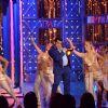 Salman Khan : Salman Khan performs on Bigg Boss 8