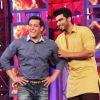 Arjun Kapoor : Arjun Kapoor and Salman Khan share a laugh on Bigg Boss 8
