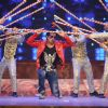 Sonu Sood Performs at Umang Police Show