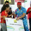 Sohail Khan receives an award at CCL Match Between Mumbai Heroes and Telugu Warriors