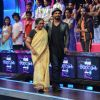 Remo Dsouza : Remo Dsouza With His Mother on Dance Plus