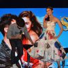 Shahid Checks What is Wriiten on Alia Dress at Song Launch of Shaandaar