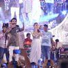 Shahid Kapoor and Alia Bhatt for Promotions of Shaandaar at Falguni Pathak's Navratri Concert