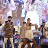 Alia Bhatt and Shahid Kapoor for Promotions of Shaandaar at Falguni Pathak's Navratri Concert