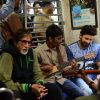 Hussain Kuwajerwala : Amitabh Bachchan Travels in Local Train with Hussain Kuwajerwala