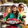 Juhi Chawla : Juhi Chawla and Shabana Azmi rides Scooty in Chalk N Duster