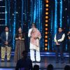 Amitabh Bachchan, Udit Narayan, Lalit Pandit and Sudesh Bhosle at COLORS GiMA AWARDS 2016