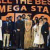 Urvashi Rautela, Allu Arjun and Ravi Kissen at SIIMA Awards 2016