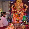 Soha Ali Khan takes Ganpati Darshan at 'Andheri Ka Raja'