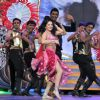Sunny Leone Peforms at 'Zee Cine Awards'