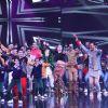 Ranveer Singh with Sara Ali Khan on the sets of Dance Plus 4