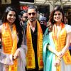 Cast of Junglee visit Sidhivinayak temple to receive blessings from Bappa!