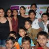 """Rani Mukherjee meets and clicks pics with her Fans at a multiplex in Mumbai which she visited to promote her movie""""Dil Bole Hadippa"""" in Andheri"""