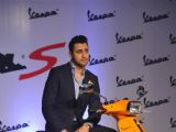 Imran Khan unveils the chicnew Vespa S