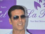 Akshay Kumar inaugurated Dr. Trasi's La Piel Clinic