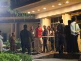 Aishwarya & Bachchan Family arrive at Hospital