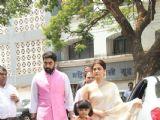Prayer Meet of Aishwarya Rai Bachchan's father!