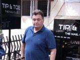 Rishi Kapoor Snapped at Tip Toe Salon, Bandra