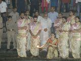 Kangana Ranaut perfoms pooja at 'Ganga Ghat' in Varanasi!