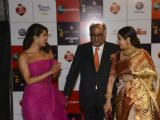 B'Town celeb's dazzle at the Red Carpet of Zee Cine Awards