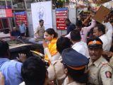 Deepika Padukone at Siddhivinayak Mandir