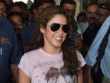 Latino singing sensation Shakira arrives in India