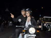 Screening of 'Waiting': Kalki - Naseeruddin arrives on Bike!