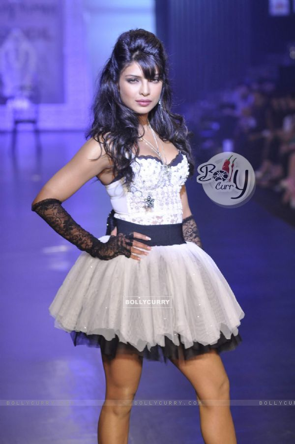 Priyanka Chopra in Being Human show at HDIL India Couture Week 2010