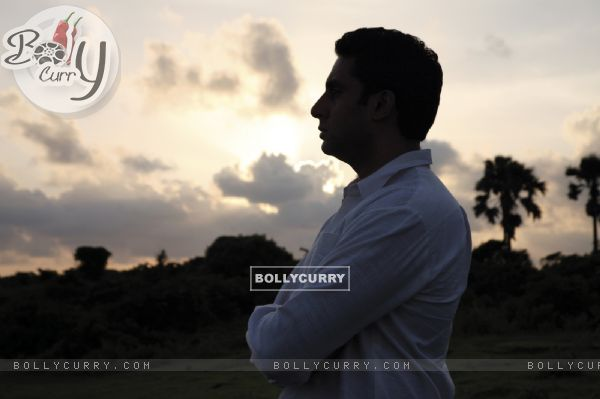 Abhishek Bachchan in the movie Khelein Hum Jee Jaan Sey