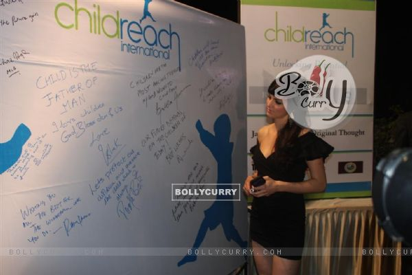 Yana Gupta at Child Reach NGO Event
