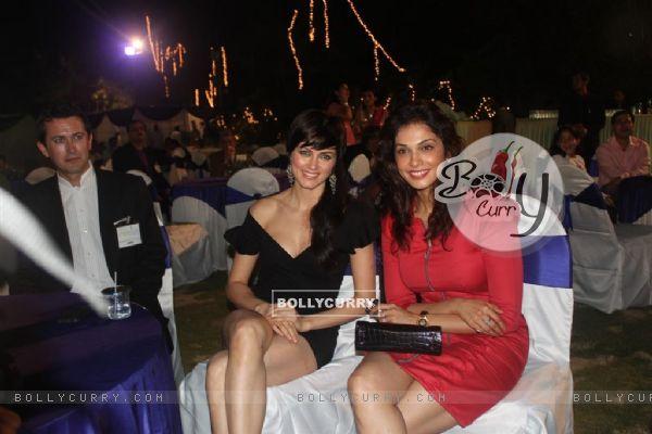 Isha Koppikar and Yana Gupta at Child Reach NGO Event