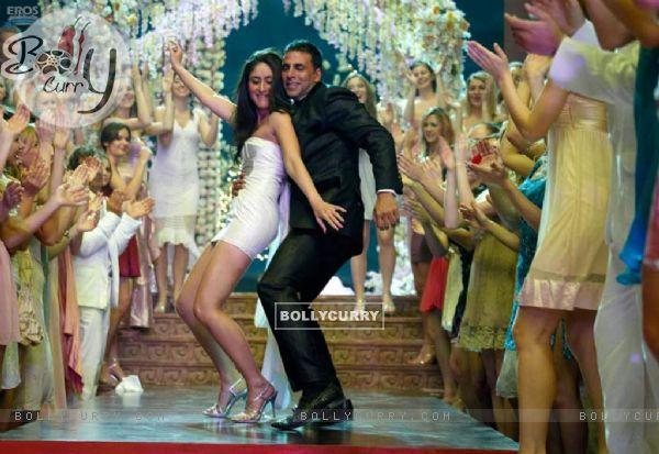 Akshay Kumar and Kareena Kapoor in Kambakth Ishq
