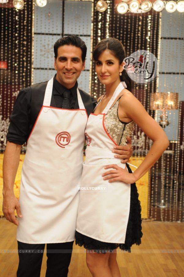 Katrina Kaif along with Akshay Kumar on Master Chef India set