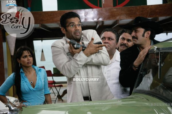 Mukesh,Sameera,Manoj starring Sunil Shetty