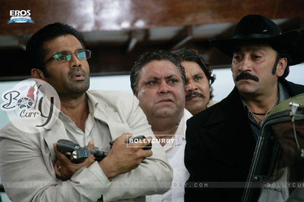 Sunil,Manoj and Mukesh are looking shocked