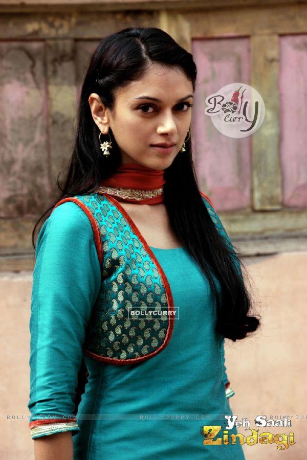 Aditi Rao Hydari in the movie Yeh Saali Zindagi