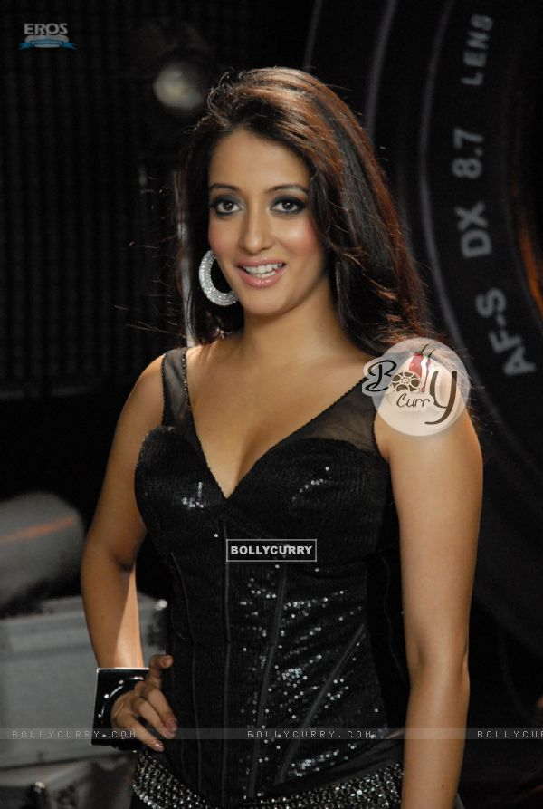 Raima Sen - Wallpaper Gallery