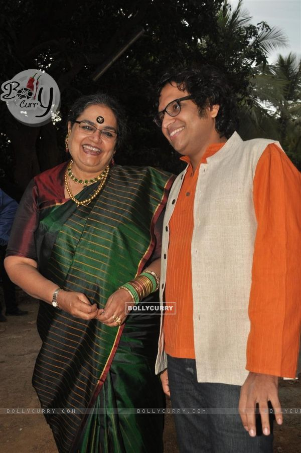 Usha Uthup at music launch of film''Satrangee Parachute'' in ST Catherine's children home (122177)