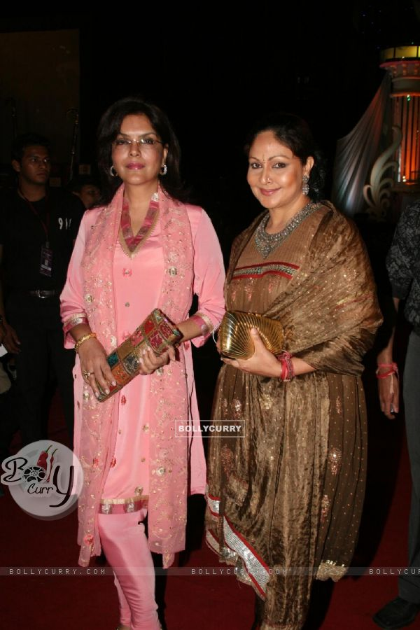 Zeenat Aman and Rati Agnihotri as a judge at Grand Finale of Indian Princess 2011-12