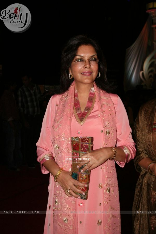 Zeenat Aman as a judge at Grand Finale of Indian Princess 2011-12