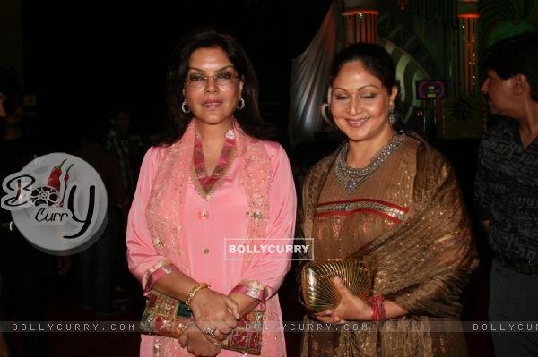 Zeenat Aman and Rati Agnihotri as a judge at Grand Finale of Indian Princess 2011-12