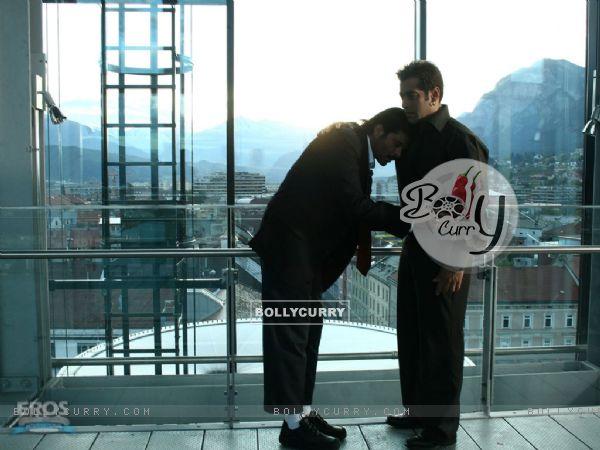 Salman Khan consoles Anil kapoor
