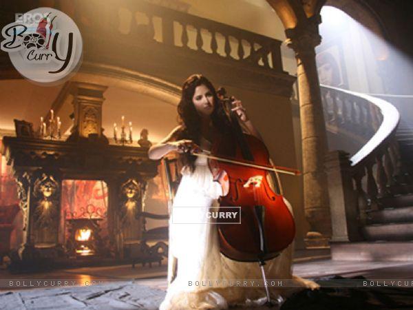 Katrina Kaif with cello (12350)