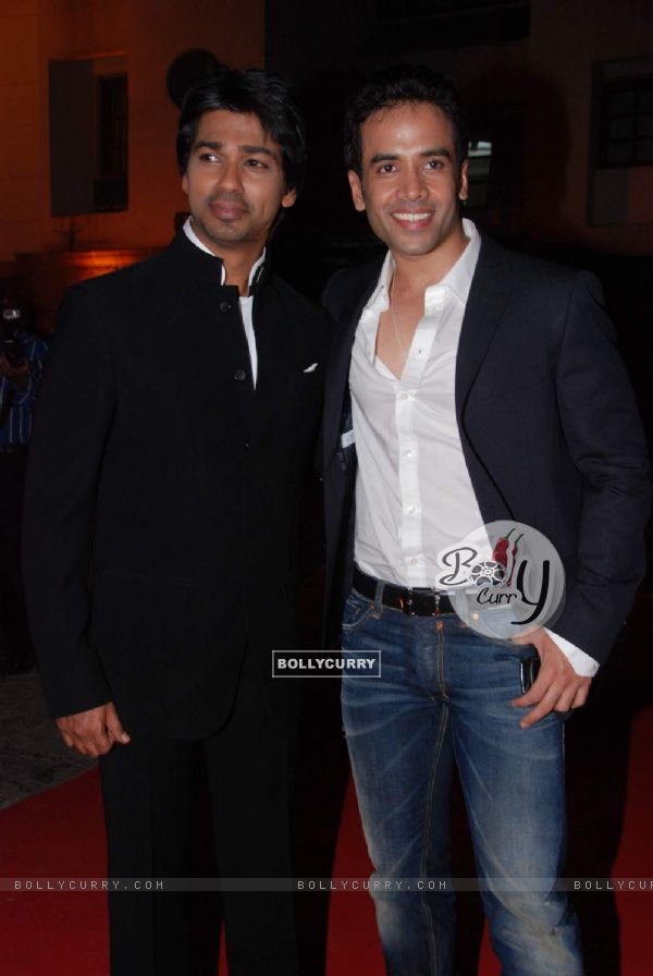 Tusshar Kapoor at Nikhil Dwivedi's wedding reception. .